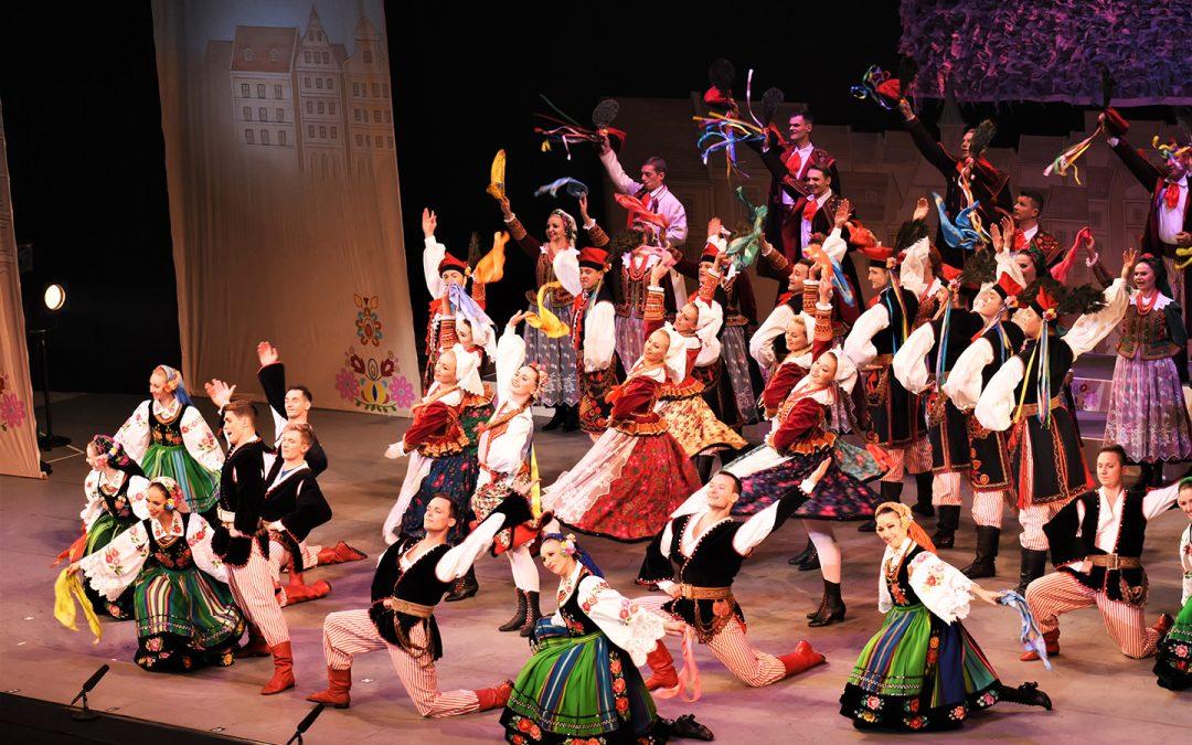 Gira de la Compañía Nacional Śląsk de Canto y Danza de Polonia