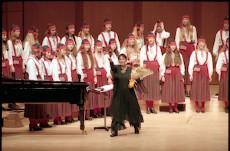 Estonian Girl's Choir Ellerhein from Estonia
