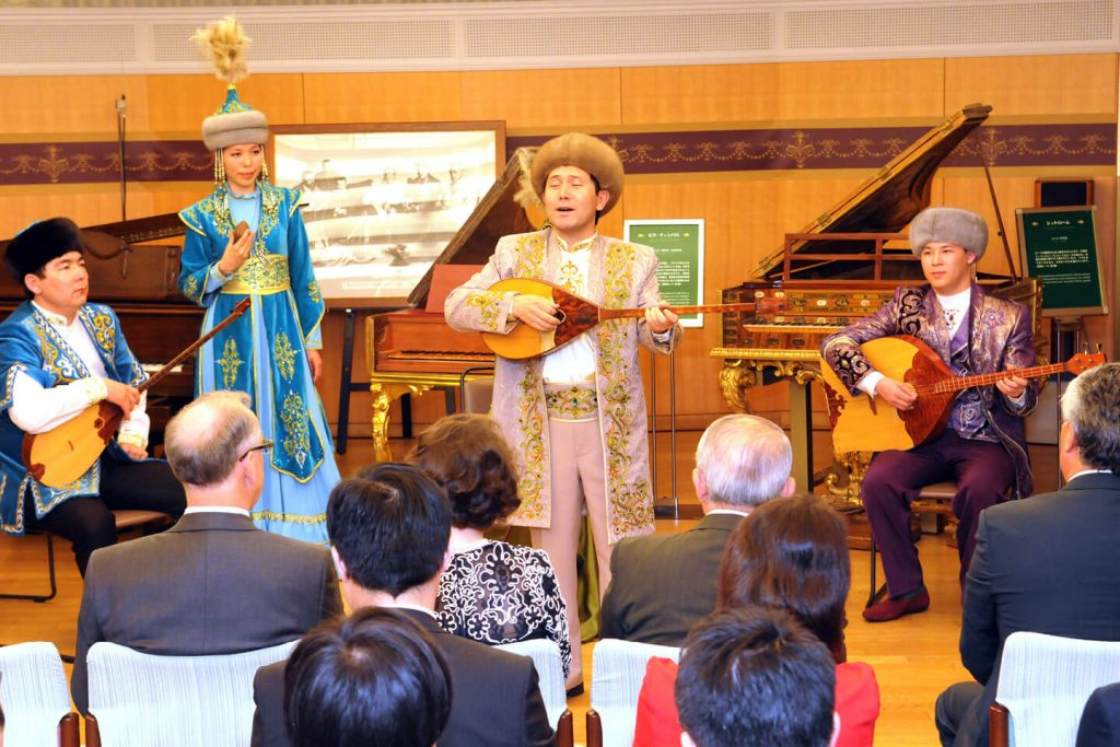Kazakh folk music performance at the Min-On Music Museum
