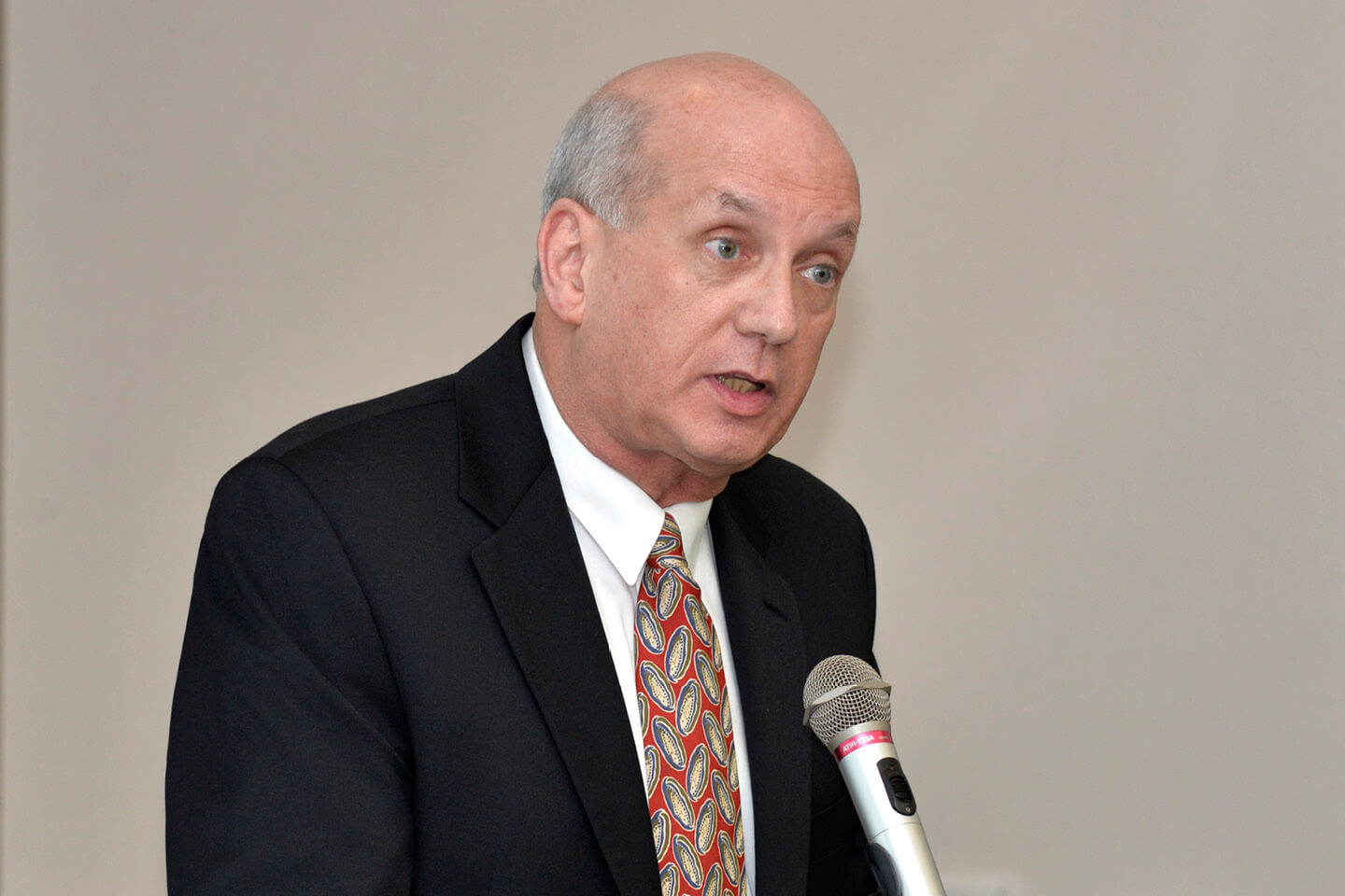 Dr. Michael Golden