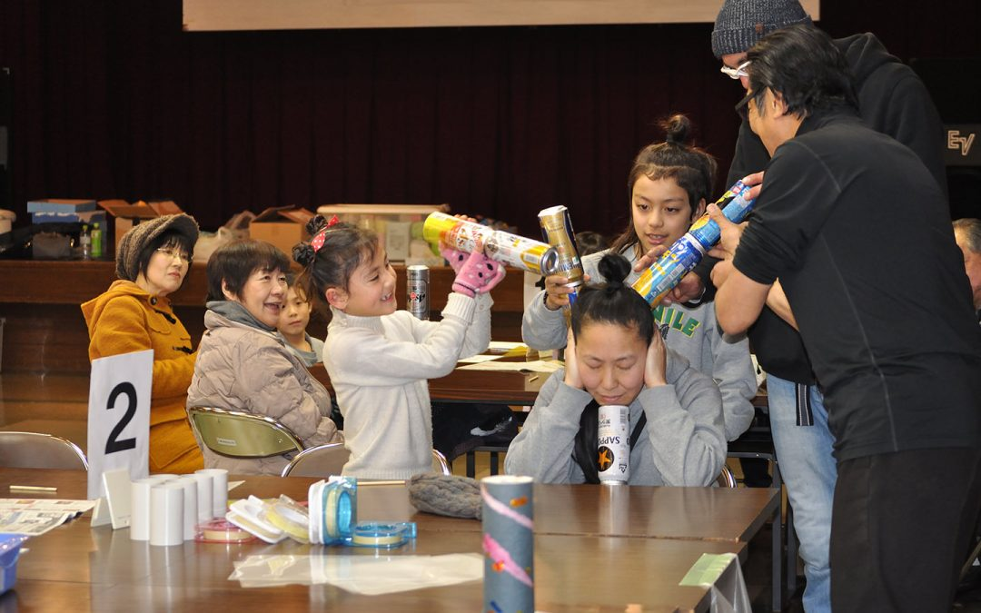 Handcrafted Instruments Workshop and Concert for Children and Parents Held in Hokkaido